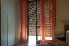 Stanza D - porta finestra