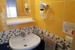 39-4 bagno privato