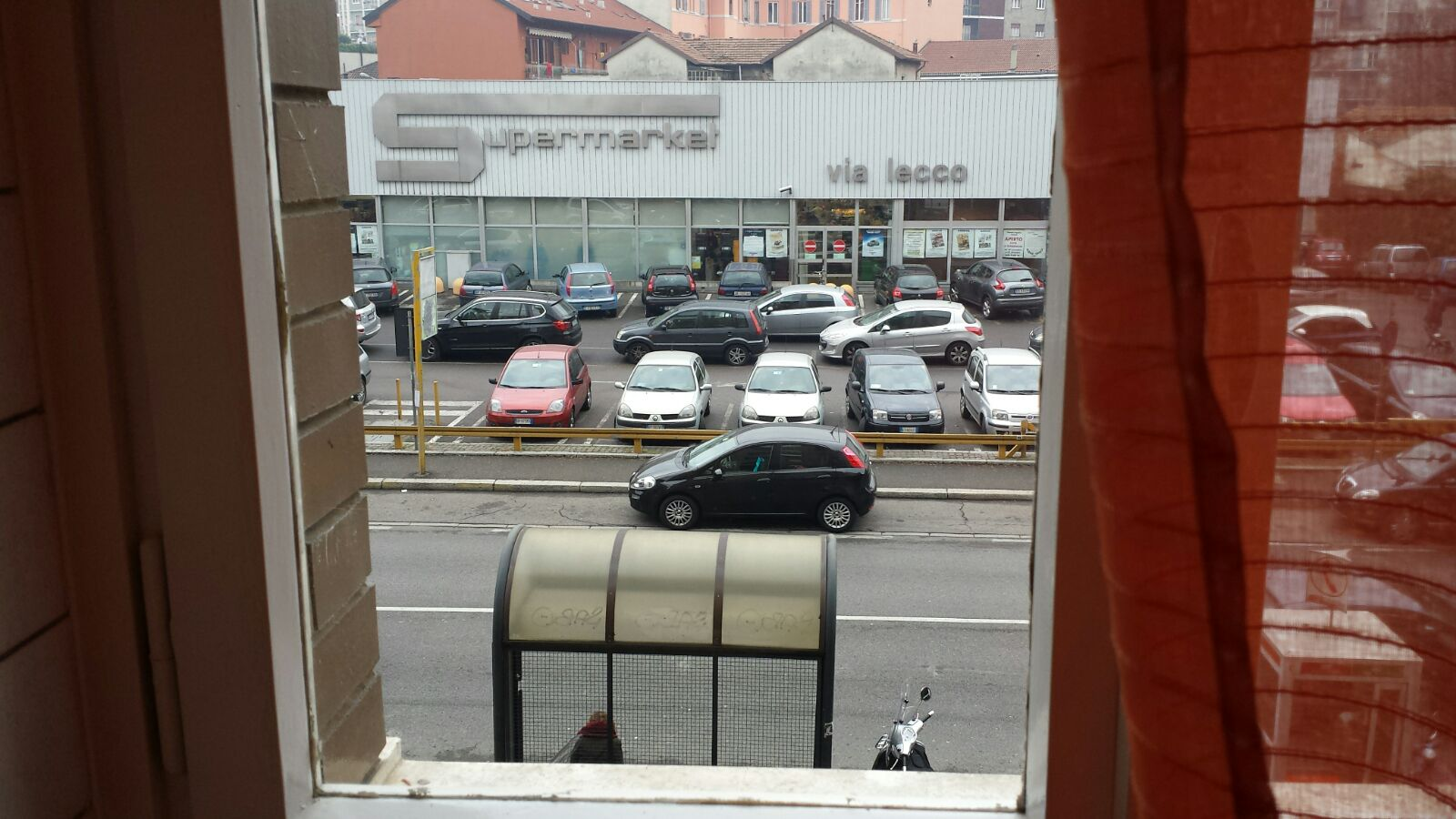 Vista Esterno - Supermercato