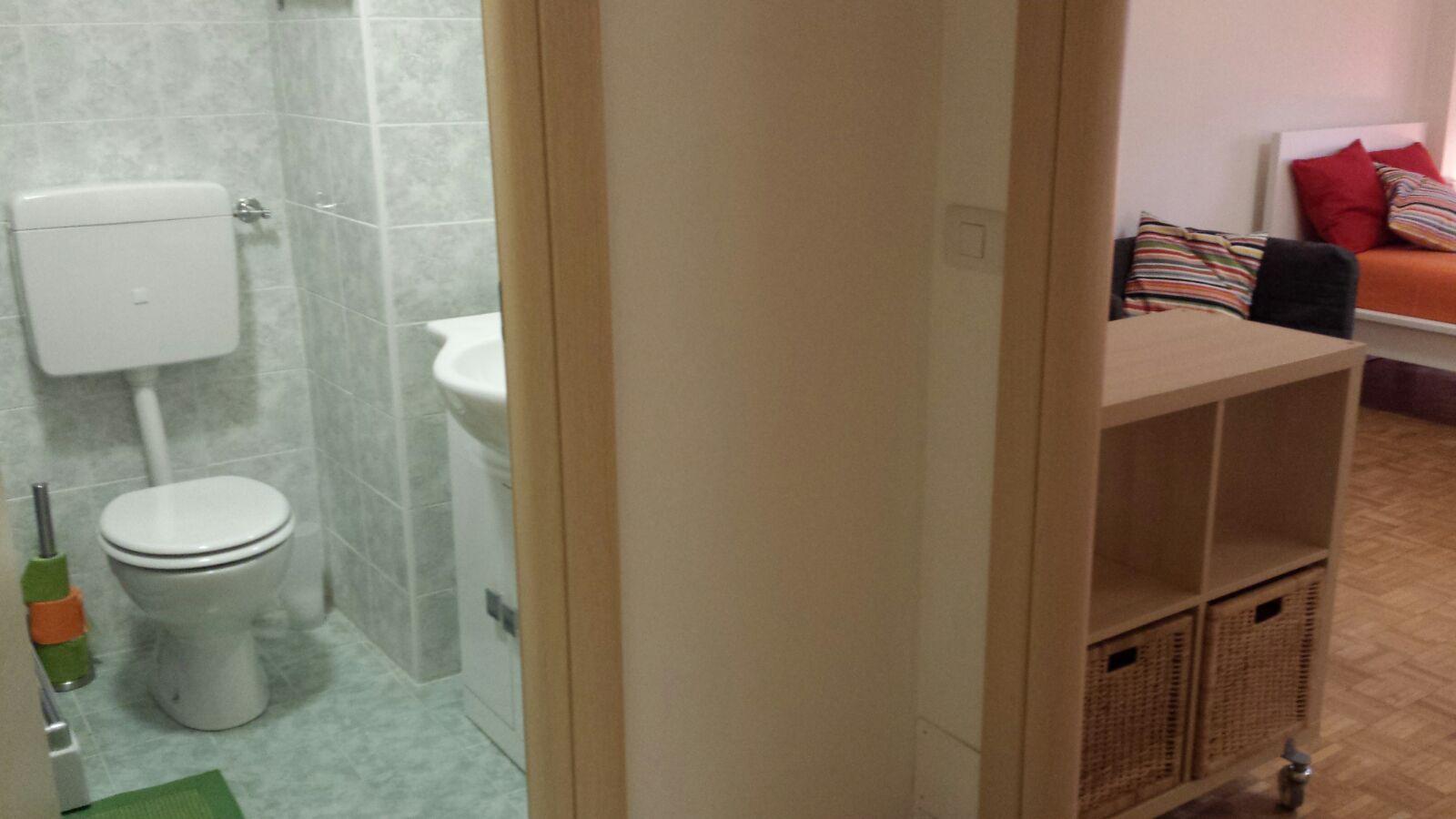 Stanza C - Bagno privato (2)